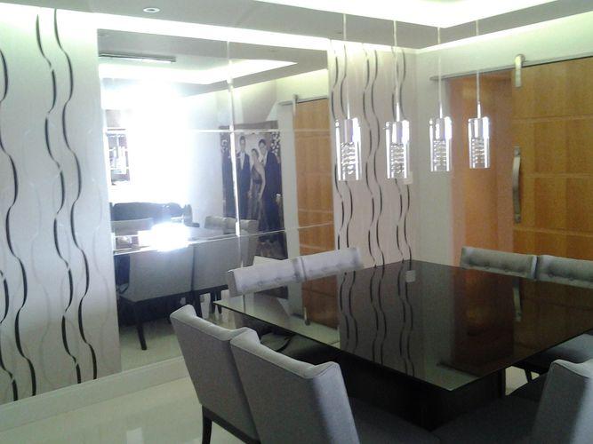 Parede De Vidro Em Sala De Jantar ~ Sala de jantar com uma parede de vidro para amplia de Juliana Cristina