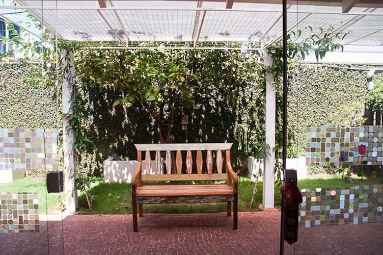 banco de jardim poema:Banco de Jardim de Laura Reily – 45359 no Viva Decora