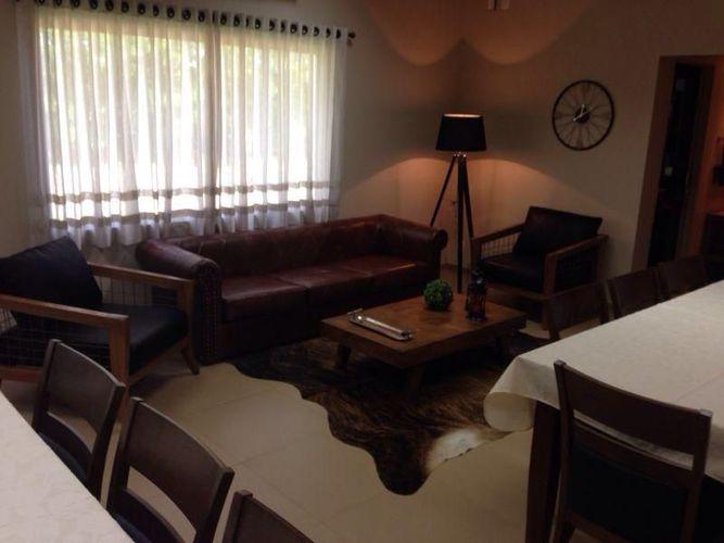 Sala de estar r stica de simone duch 47887 no viva decora for Sala de estar rustica