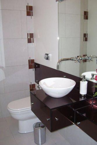 Banheiro Cuba Branca e Armário de Vidro de Elizabeth Martins  20442 no Viva  -> Cuba Banheiro Branca