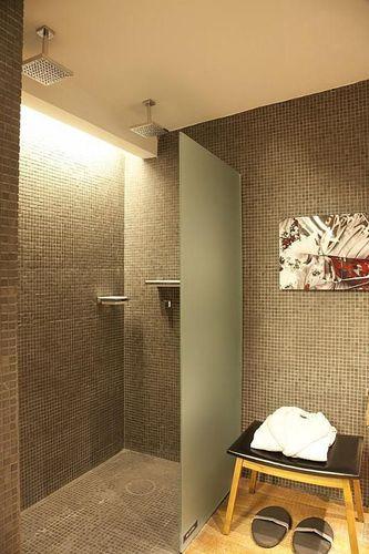 Banheiro com Pastilhas Marrom de Denise Barretto  76203 no Viva Decora -> Banheiro Com Pastilha Marrom