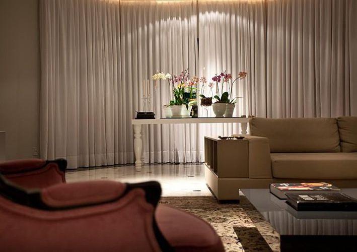 Cortinas Para Sala De Estar Branca ~ Sala de estar com cortina grande Branca de Mauricio Karam  66496 no