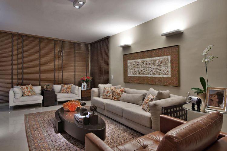 Sala de estar com quadro decorativo de gislene lopes for Sala de estar quadro