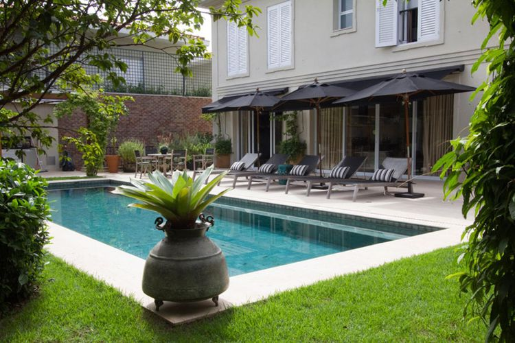 Vasos no jardim de gilberto elkis paisagismo 22761 no for Vaso piscina