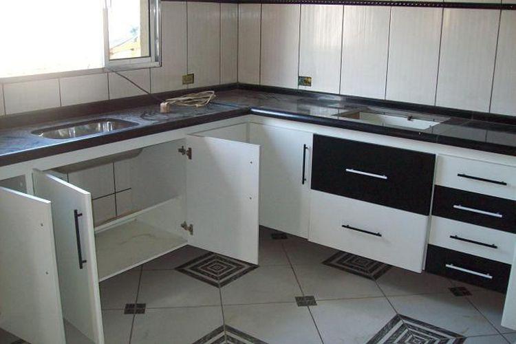 Aparador Mdf Cru ~ Cozinha com Armários Branco e Preto de Arq Design 29922