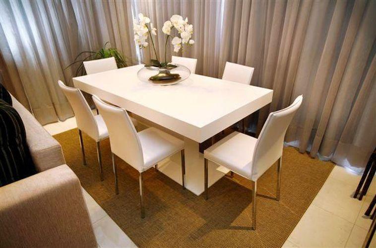 Sala De Jantar Laqueada Bege ~ Sala de Jantar Bege e Branca decorada com Orquídea de Angelica