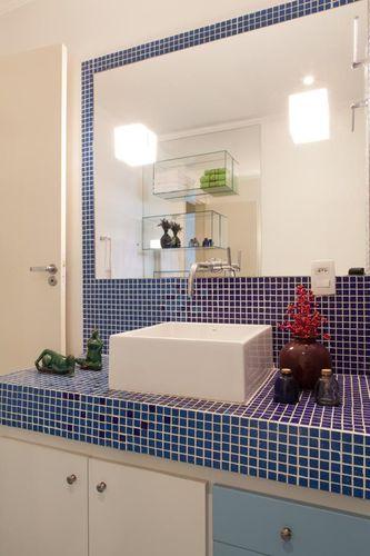 Banheiro com cuba branca de Rodrigo Kolton e Beto Monzon  21154 no Viva Decora # Cuba Banheiro Branca