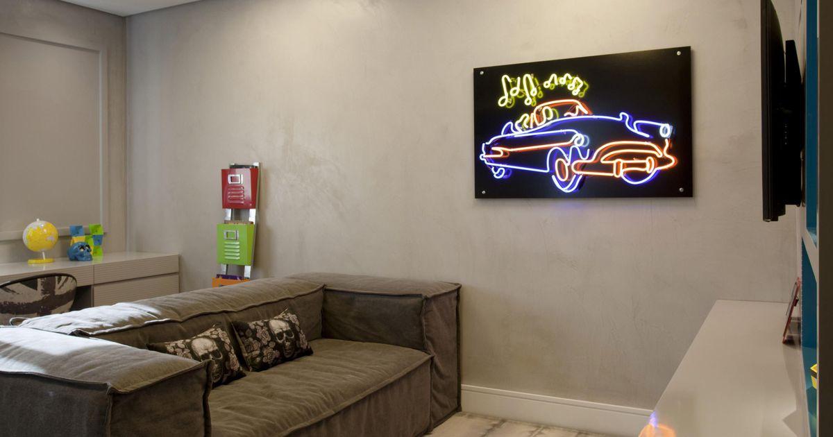 Sala de estar com quadro luminoso de marcelo rosset for Sala de estar quadro