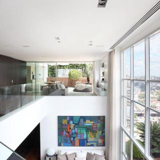 Sala de estar com escada para o segundo piso de a1 for Sala de estar segundo piso
