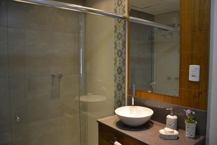 Banheiro com Cuba Branca de 501 Arquitetura  77536 no Viva Decora -> Cuba Banheiro Branca