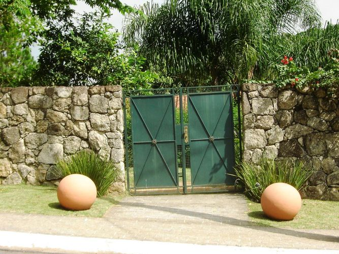 Fachada com acabamento de Pedra de Luciana Wehba - 51467 no Viva ...